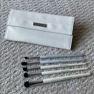 Sephora Brush and Case Set